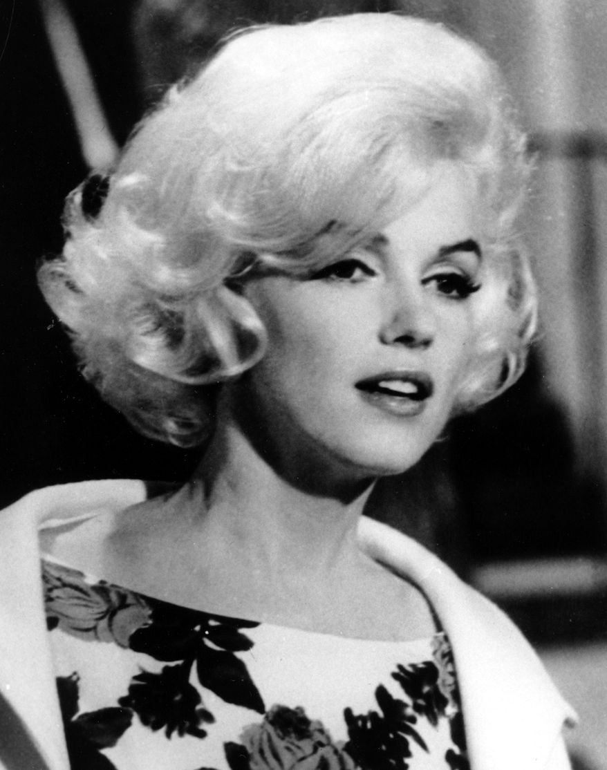 """**FILE** Actress Marilyn Monroe is shown on the set of her last movie, """"Something's Got To Give,"""" in Los Angeles in this April 1962 file photo. (Associated Press)"""