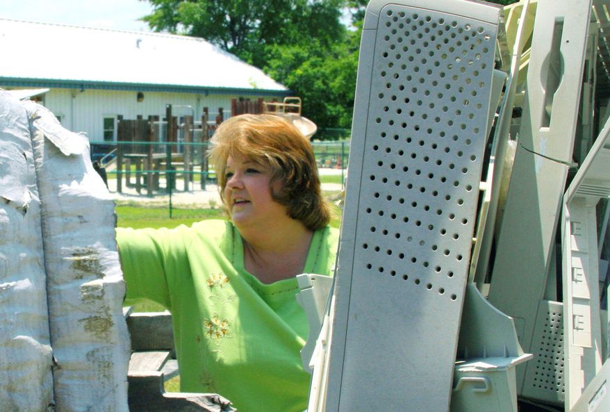 Freda Cobb, a former guard and cook supervisor at the Marianna Federal Correctional Institution in Florida, believes computer and electronic equipment recycling at the prison made her so ill that she was forced to take medical retirement. (Associated Press)