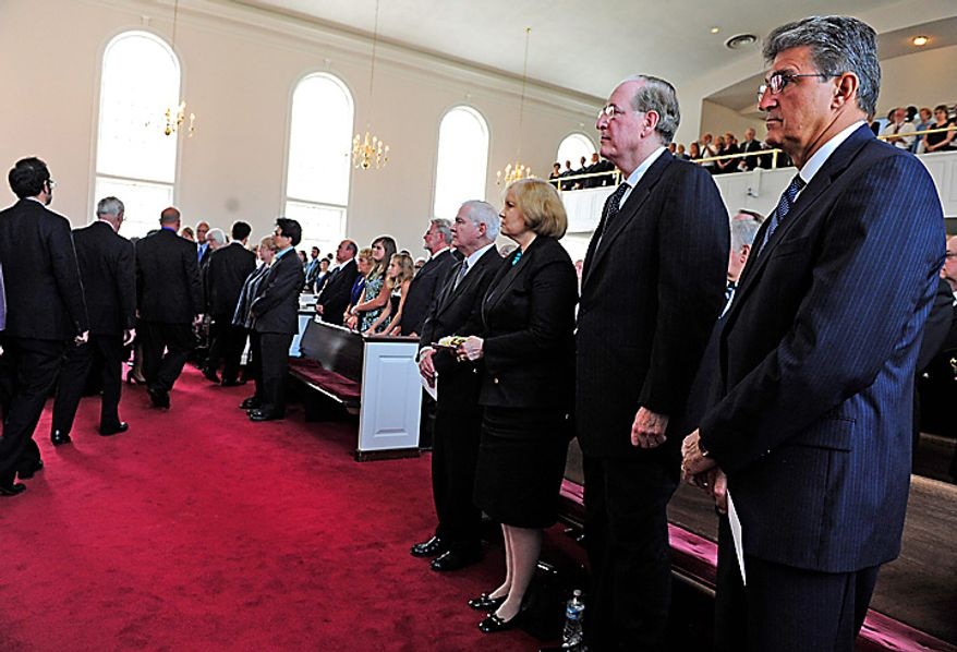From right to left, West Virginia Gov. Joe Manchin, Sen. Jay Rockefeller, D-W.Va., his wife Sharon, Defense Secretary Robert Gates, and others, attend a funeral service for Sen. Robert Byrd, Tuesday July 6, 2010,  at the Memorial Baptist Church in Arlington, Va.  (AP Photo/Linda Davidson, Pool)