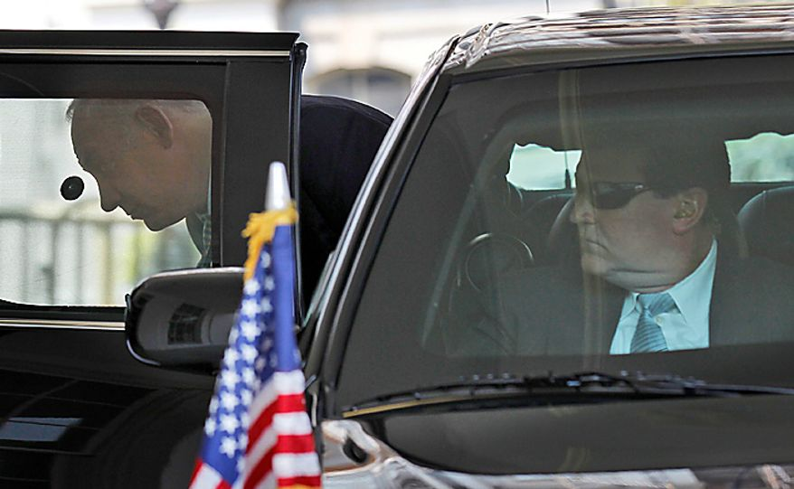Israeli Prime Minister Benjamin Netanyahu, left, steps out of his vehicle during his arrival at the West Wing of the White House in Washington, Tuesday, July  6,2010, for a meeting with President Barack Obama. (AP Photo/Pablo Martinez Monsivais)