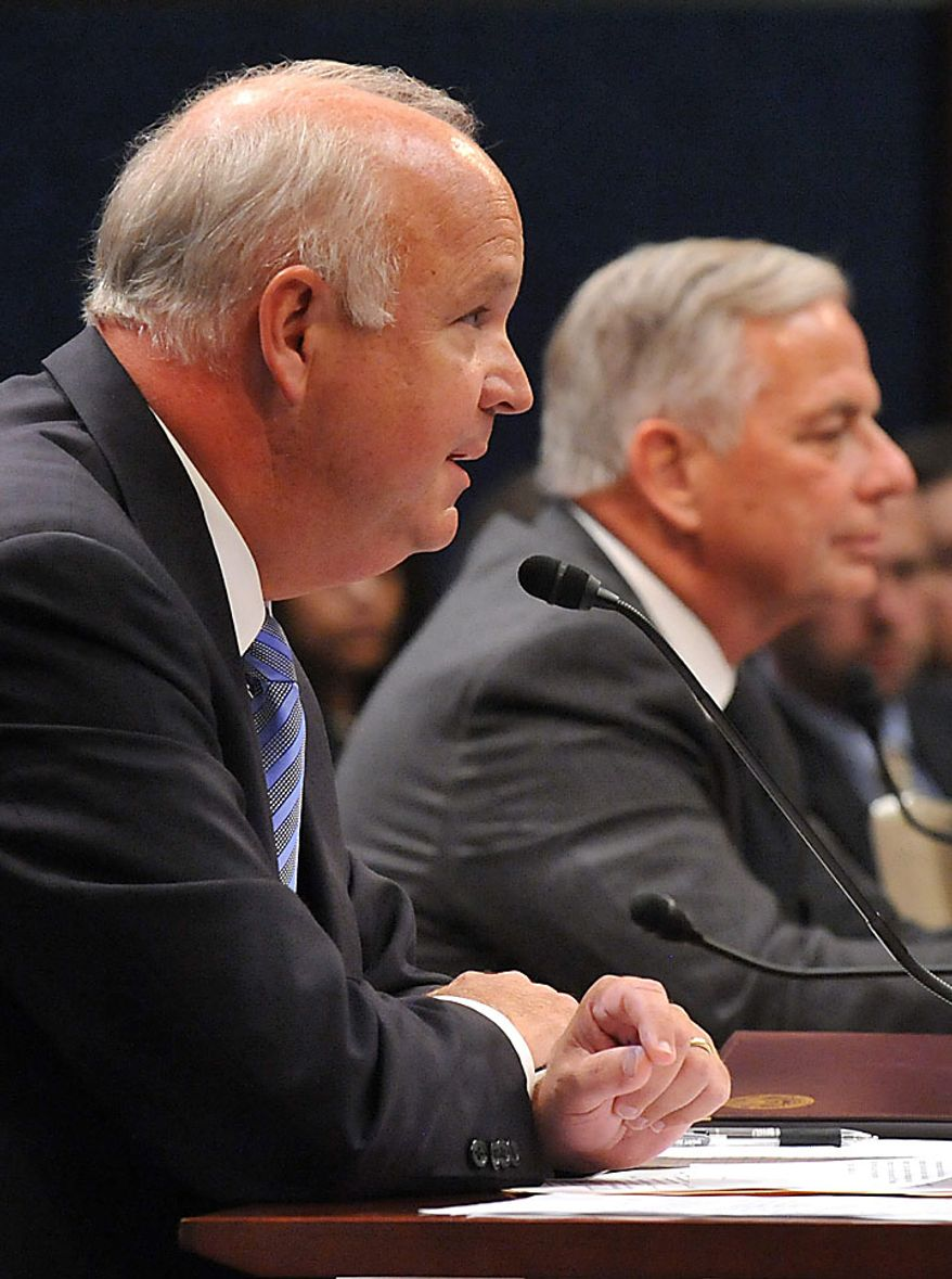 Rep. Jo Bonner (R-AL) (L) and Rep. Gene Green (D-TX) testify before a House Ethics Subcommittee hearing on the alleged ethics violations conducted by Rep. Charlie Rangel, in Washington on July 29, 2010.  Bonner and Green announced Rangel's charges which include allegations including failure to pay taxes, misuse of rental property and soliciting funds for a center at City College of New York.  UPI/Kevin Dietsch