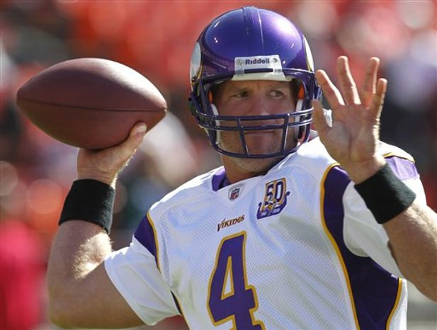 Minnesota Vikings quarterback Brett Favre (4) waves during warmups before an NFL preseason football game against the San Francisco 49ers in San Francisco, Sunday, Aug. 22, 2010. (AP Photo/Ben Margot)