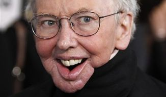 "FILE - In this March 5, 2010 file photo, Roger Ebert arrives at the Independent Spirit Awards in Los Angeles. The Pulitzer Prize-winning critic, who lost his ability to speak and eat after cancer surgeries, said Friday, Sept. 10, 2010, that he will appear in a special segment on the television movie review show  ""Roger Ebert Presents At the Movies""  he is producing with his wife, Chaz Ebert.The weekly, half-hour review program will debut in January and be syndicated nationally on public television stations. (AP Photo/Matt Sayles, File)"