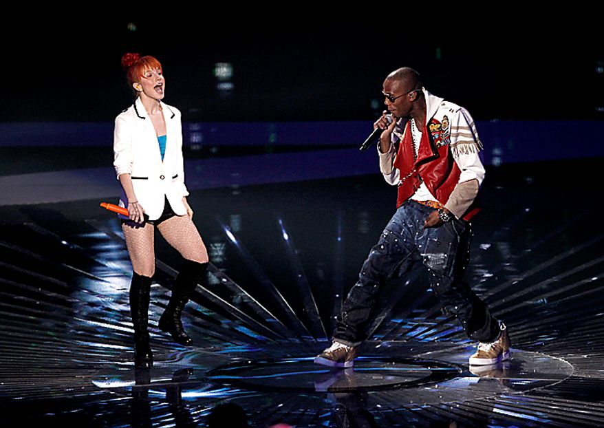 Hayley Williams, left, and B.o.B. perform at the MTV Video Music Awards on Sunday, Sept. 12, 2010 in Los Angeles. (AP Photo/Matt Sayles)