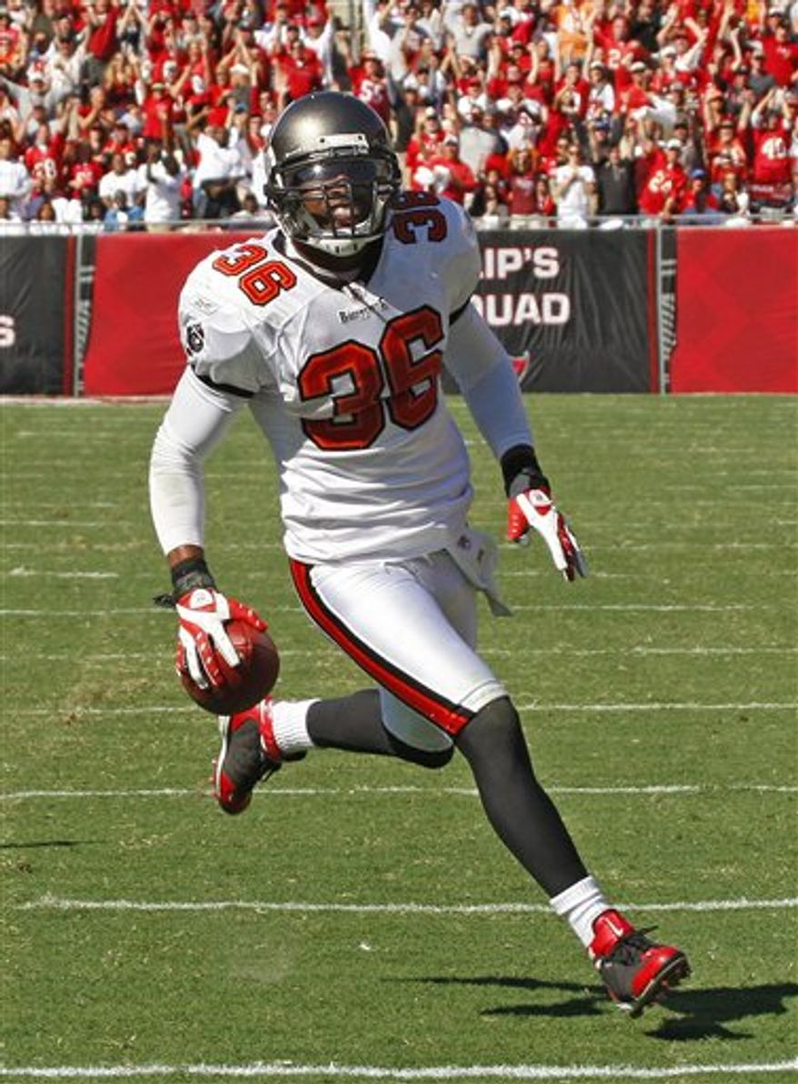 The Washington Redskins signed former Tampa Bay Buccaneers free safety Tanard Jackson on Thursday.(AP Photo)