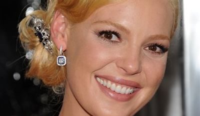 """Actress Katherine Heigl and husband Josh Kelly attend the premiere of """"Life As We Know It"""" at The Ziegfeld Theatre, in New York, on Thursday, Sept. 30, 2010. (AP Photo/Peter Kramer)"""