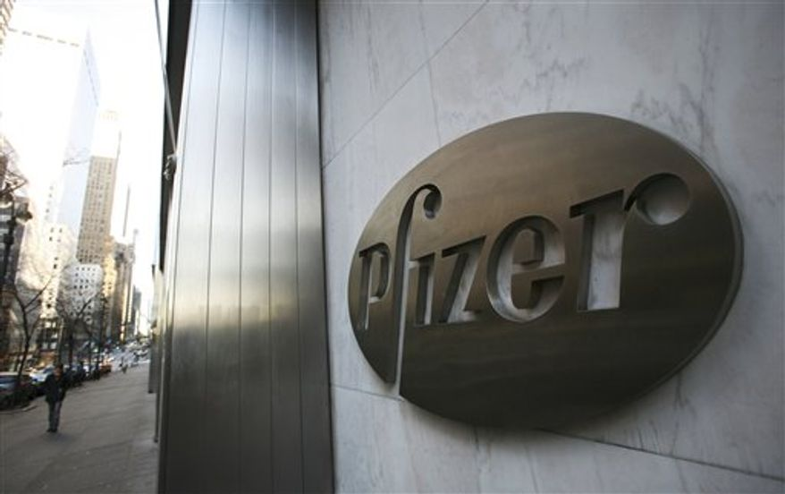 FILE - In this Jan. 25, 2009 file photo, Pfizer's world headquarters is shown in New York. Pfizer Inc., the world's largest pharmaceutical company by revenue, said Tuesday, Oct. 12, 2010, it will buy pain drug maker King Pharmaceuticals Inc. for $3.6 billion in cash. (AP Photo/Mark Lennihan, File)