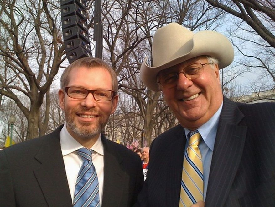 ** FILE ** Matt Kibbe, president and CEO of FreedomWorks, and Dick Armey, who founded the group in 1984, rally at a Code Red tea party event near the U.S. Capitol. (FreedomWorks)