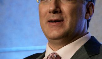 "** FILE ** In this July 22, 2006, file photo, Keith Olbermann, host of the MSNBC show, ""Countdown With Keith Olbermann,"" talks about his show at the Summer Television Critics Association Press Tour in Pasadena, Calif. (AP Photo/Reed Saxon, file)"