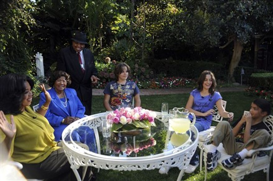 "This photo taken Oct. 9, 2010 and provided by Harpo Productions Inc., shows Katherine Jackson, left, mother of the late king of pop Michael Jackson, reflecting on the life of her son with Oprah Winfrey during taping in Los Angeles for ""The Oprah Winfrey Show.""  The show will air nationally on Monday, Nov. 8. (AP Photo/Harpo Productions Inc., Robin Layton)"