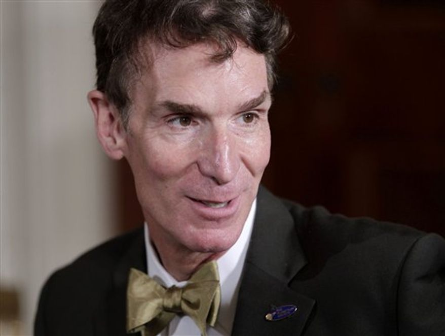 """FILE - In an Oct. 18, 2010 file photo, Bill Nye, host of television's """"Bill Nye the Science Guy"""",  arrives as President Barack Obama hosts a White House science fair in Washington.  Nye, host of the Emmy-winning 1990s television show """"Bill Nye the Science Guy,"""" collapsed Tuesday, Nov. 16, 2010 during a California speech, then got up and continued his presentation.  (AP Photo/J. Scott Applewhite, File)"""