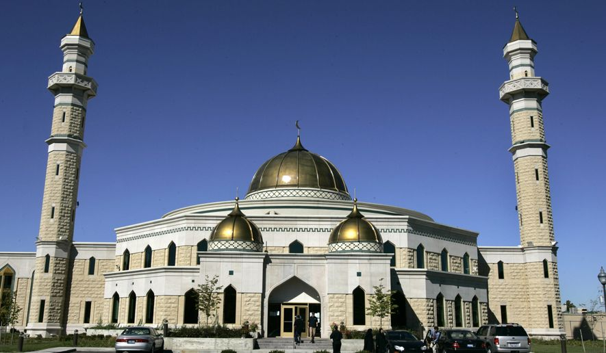 ** FILE ** Roger Stockham, a 63-year-old Southern California man, was arrested outside the Islamic Center of America in the Detroit suburb of Dearborn, Mich., on Monday evening, Jan. 24, 2011, and has been charged with possessing explosives and threatening terror at the mosque. (AP Photo/Paul Sancya, File)