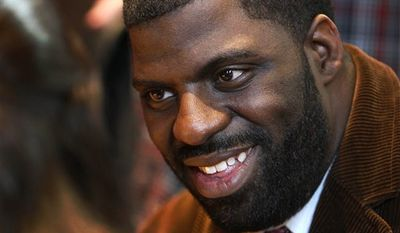 """Hip-hop artist Che """"Rhymefest"""" Smith will be recognized for """"Glory,"""" the Academy Award-winning song from the film """"Selma"""" that he co-wrote with John Legend and Common. (AP)"""