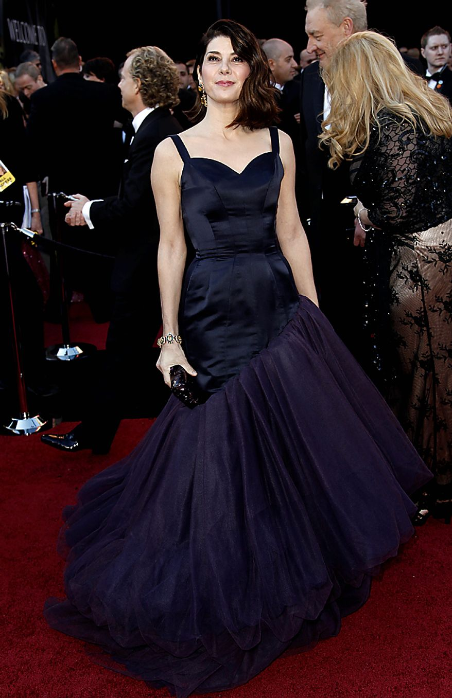 Actress Marisa Tomei arrives before the 83rd Academy Awards on Sunday, Feb. 27, 2011, in the Hollywood section of Los Angeles. (AP Photo/Matt Sayles)