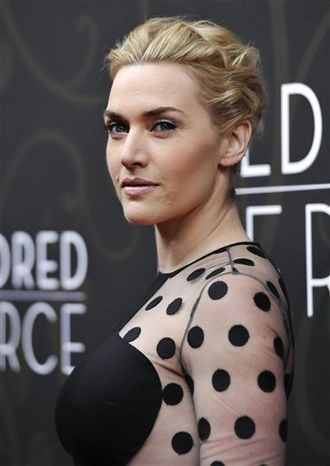 """Actress Kate Winslet attends the premiere of HBO's """"Mildred Pierce"""" at the Ziegfeld Theatre on Monday, March 21, 2011 in New York. (AP Photo/Evan Agostini)"""