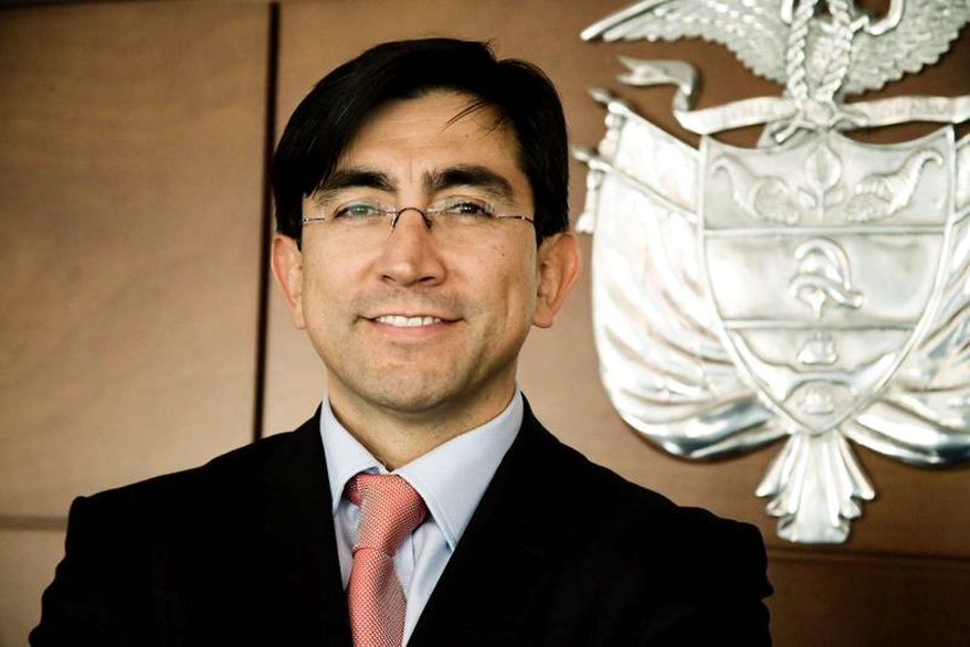 """Diego Molano Vega, the Colombian minister of information communication and technology, is traveling to promote his country's """"Vive Digital"""" plan. """"We are looking for a partner that can invest with us,"""" he said, while making his pitch in Washington. (Photograph compliments of the government of Colombia)"""