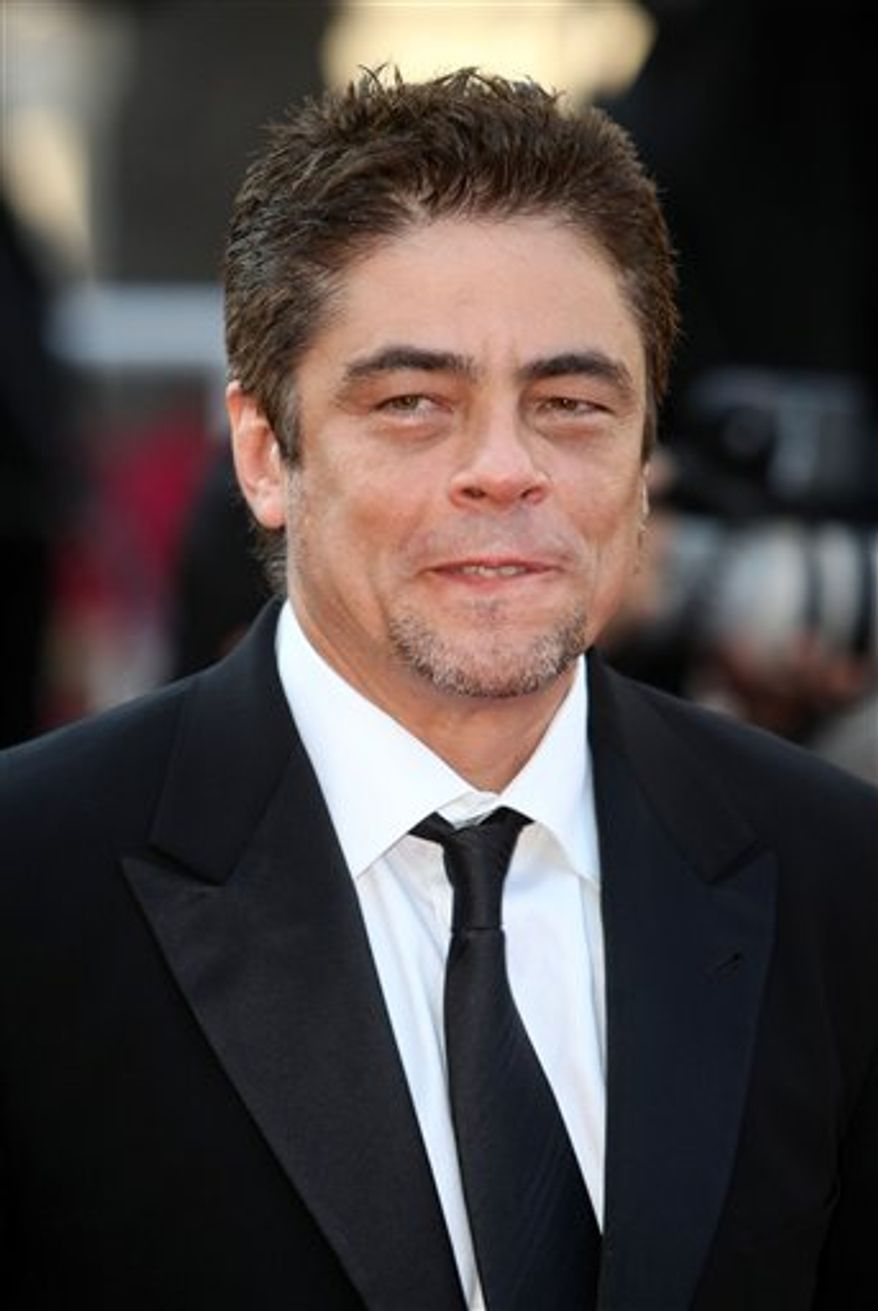 "FILE - In this May 17, 2010 file photo, actor Benicio Del Toro arrives for the screening of ""Biutiful"", at the 63rd international film festival, in Cannes, southern France. (AP Photo/Lionel Cironneau, file)"