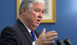 ** FILE ** Former Mississippi Gov. Haley Barbour (Associated Press)