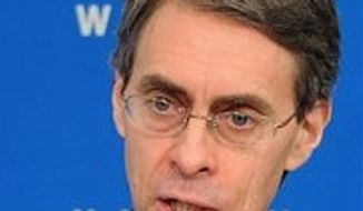 **FILE** Human Rights Watch executive director Kenneth Roth (Associated Press)