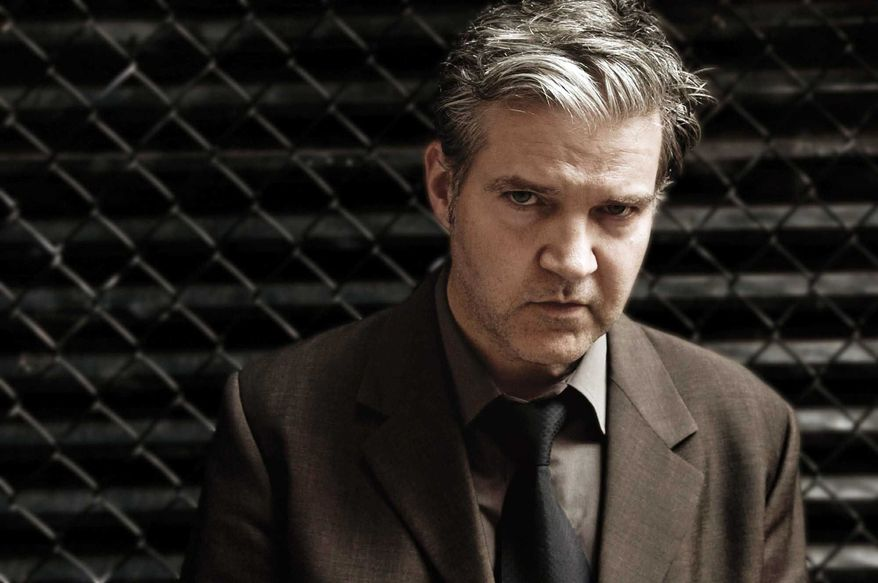 """DOUG SEYMOUR Lloyd Cole's new album, """"Broken Records,"""" was partly financed by generous fans who shelled out $45 apiece."""