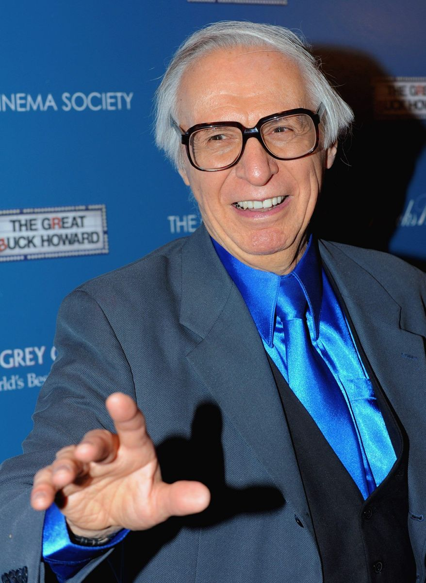 """""""The Amazing Kreskin,"""" the renowned mentalist, has made his prediction of who will win next year's presidential election and gave it to five people in sealed containers not to be opened until Nov. 7, 2012. (Associated Press)"""
