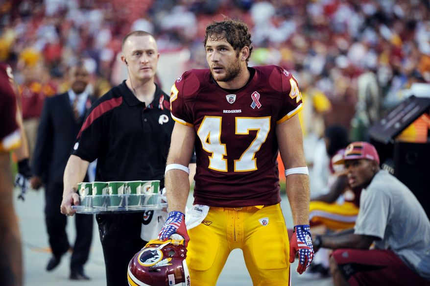 Washington Redskins tight end Chris Cooley suffered a broken left index finger on a first-quarter play against the Philadelphia Eagles last Sunday. (Andrew Harnick/The Washington Times)