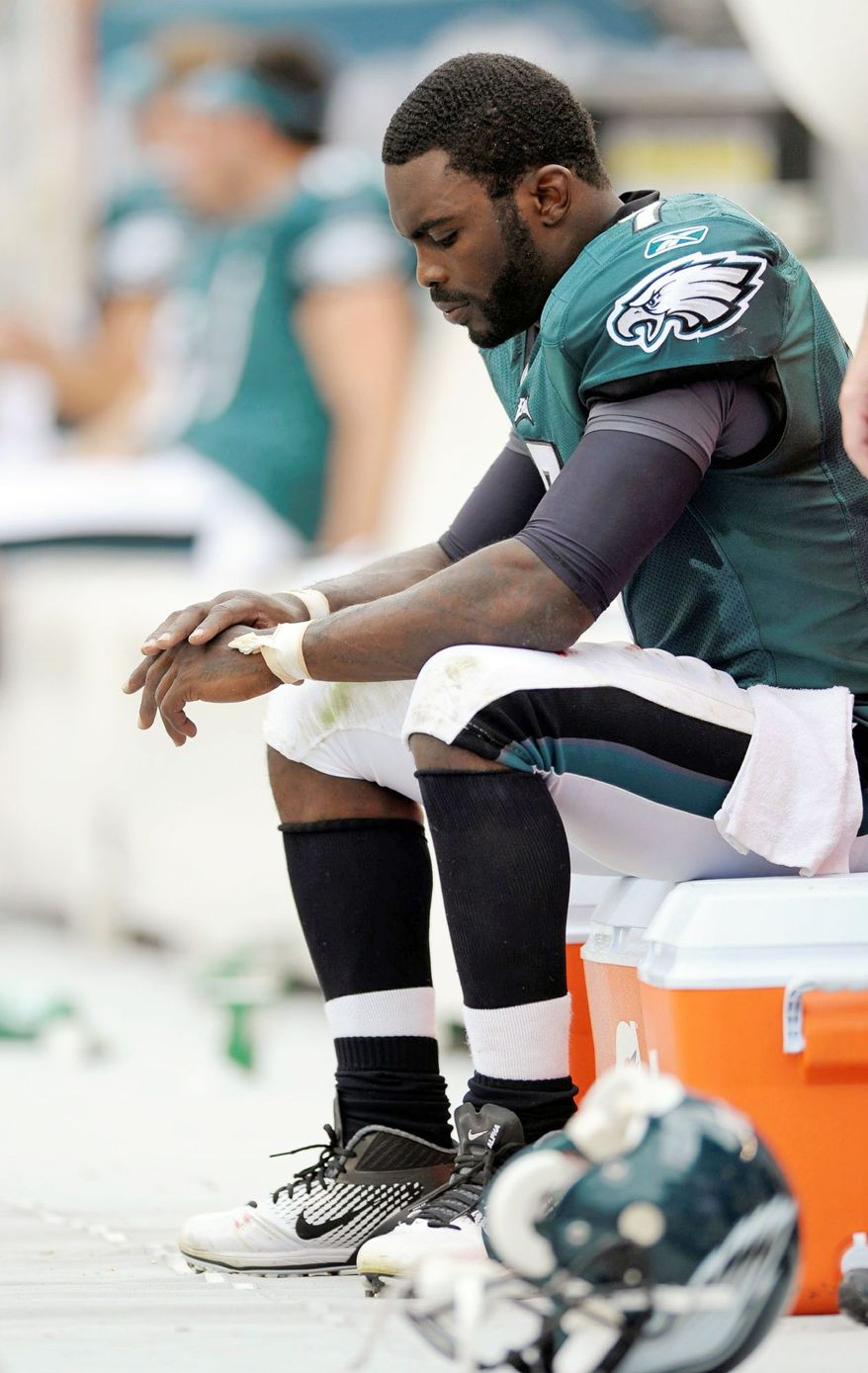 Philadelphia quarterback Michael Vick already has absorbed one division loss, 29-16 to the New York Giants on Sept. 25. Another one to Washington this Sunday, might be too much for the Eagles (1-4) to overcome. (Associated Press)