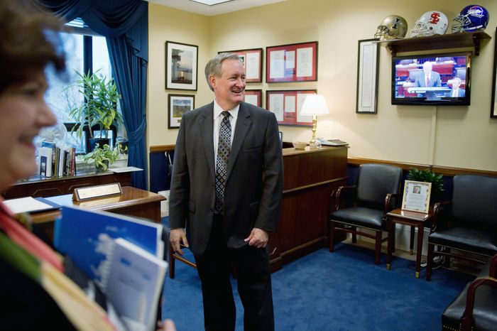 A recently disclosed 2008 letter from Sen. Mike Crapo of Idaho to the Department of Agriculture supported a loan-guarantee application for Open Range Communications, which the letter said would make it possible for millions of rural Americans to gain access to wireless Internet. The company, which won a $267 million loan guarantee, has filed for bankruptcy. (Andrew Harnik/The Washington Times)