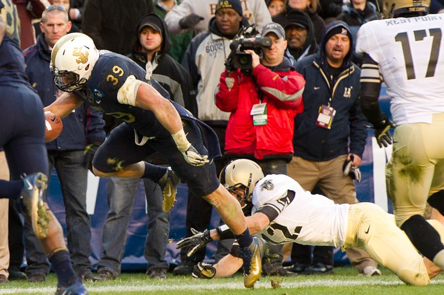 Navy Midshipmen fullback Alexander Teich had 883 yards rushing and four touchdowns last season. (Andrew Harnik / The Washington Times)