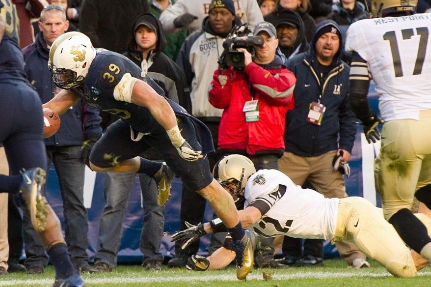 Fullback Alexander Teich's 10-yard touchdown run against Army was his biggest play in his last game for Navy. (Andrew Harnik / The Washington Times)