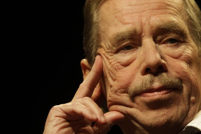 ** FILE ** Former Czech President Vaclav Havel is seen in Prague on Oct. 15, 2009, during the 20th anniversary commemoration