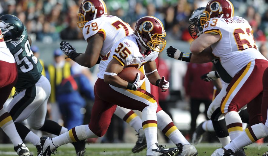Washington Redskins rookie running back Evan Royster (35) had his second 100-yard game in as many starts. (AP Photo/Michael Perez)