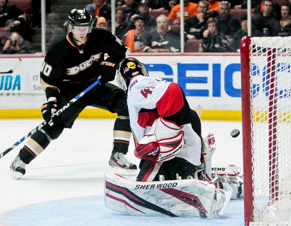 Before winning a Stanley Cup and Olympic gold, Anaheim Ducks right wing Corey Perry led the London Knights of the Ontario Hockey League to the Memorial Cup. Perry now owns a home in the London area. (Associated Press)