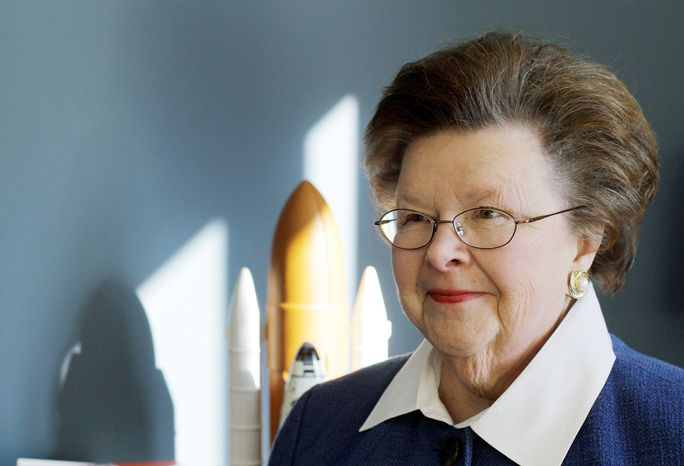Sen. Barbara Mikulski, 75, a Maryland Democrat, set a record on Saturday by becoming the longest-serving female member of Con