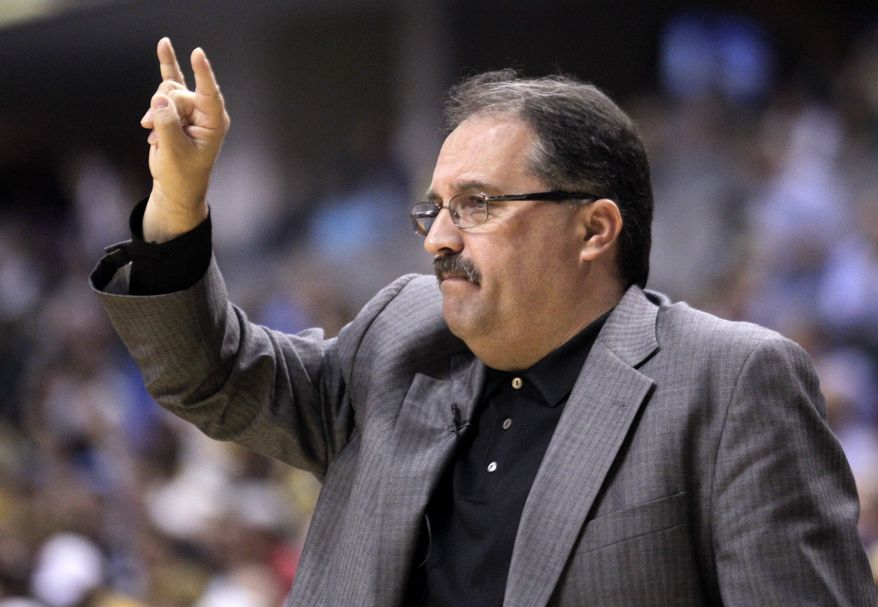 **FILE** Orlando Magic coach Stan Van Gundy calls a play in the first half of Orlando's 105-87 loss to the Indiana Pacers in Game 5 of their first-round playoff series May 8, 2012, in Indianapolis. (Associated Press)