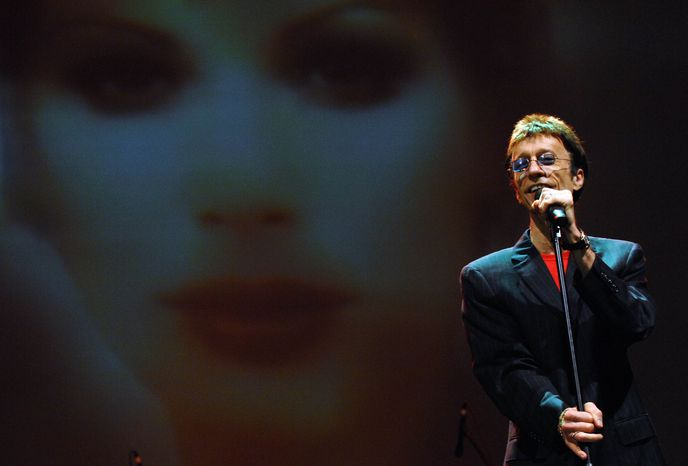 Musician Robin Gibb performs at the Dubai International Jazz Festival in the United Arab Emirates in March 2008. (AP Photo/Tracy Brand)