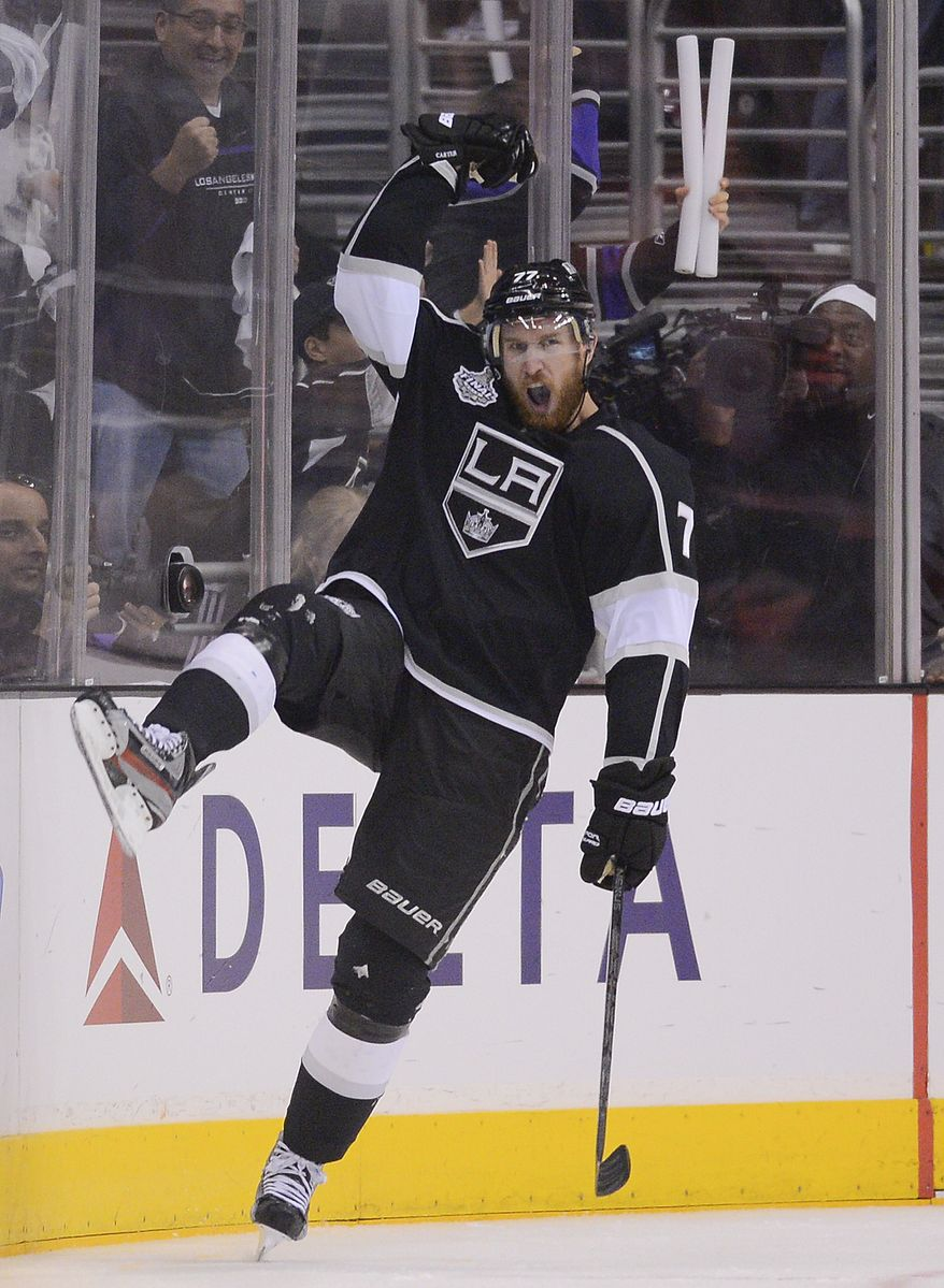 Los Angeles Kings center Jeff Carter (77) reacts after scoring a third-period goal against the New Jersey Devils during Game 3 of the Stanley Cup Final on Monday, June 4, 2012, in Los Angeles. Kings are one win away from their first championship. (AP Photo/Mark J. Terrill)