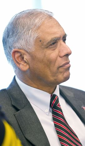 Mohammad Akhter, director of the D.C. Department of Health, is stepping down on Tuesday to work on the local im