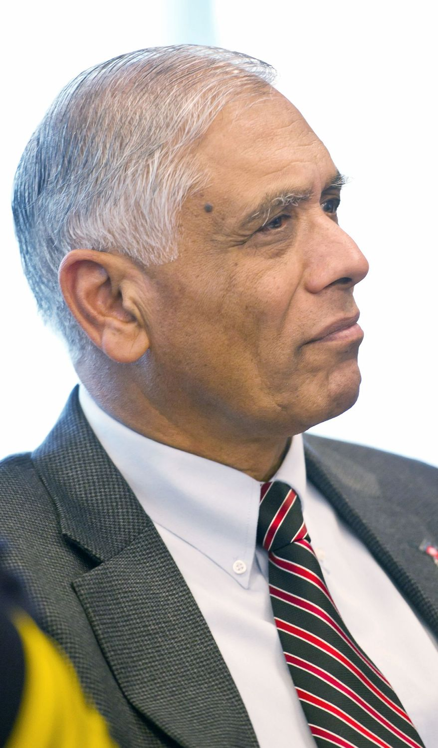 Mohammad Akhter, director of the D.C. Department of Health, is stepping down on Tuesday to work on the local implementation of the federal health reform law. (Andrew Harnik/The Washington Times)