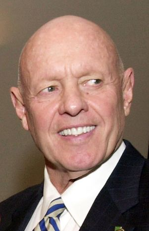 "**FILE** Stephen R. Covey, the motivational speaker best known for the book ""The Seven Habits of Highly Effective People,"" attends a training session at Georgia State University in Atlanta on Feb. 25, 2003. (Associated Press)"