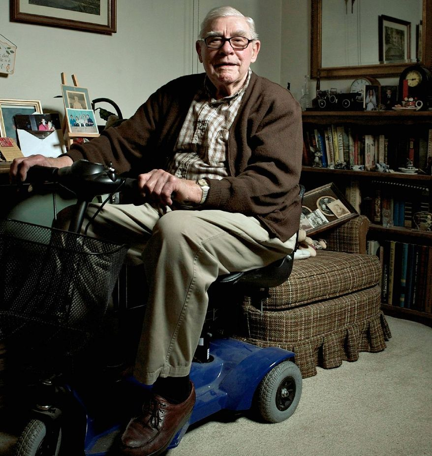 William Miller, 88, relaxes at his home in La Habra, Calif., in 2008. Mr. Miller is among 1,800 people spread across 25 states who lost roughly $190 million in a scam that took money from new investors to pay off people who had pumped in cash earlier. Unbeknownst to Mr. Miller and other investors, most of whom were senior citizens, their money was being used to support a Ponzi scheme. (Associated Press)