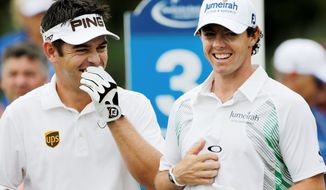 Louis Oosthuizen (left) strung together seven birdies in his round of 8-under 63 that helped him take a three-stroke lead over Rory McIlroy (right). The final round of the Deutsche Bank Championship is Monday. (Associated Press)