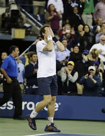 Britain's Andy Murray reacts after beating Serbia's Novak Djokovic in the championship match at the 2012 US Open tennis tournament, Monday, Sept. 10, 2012, in New York. (AP Photo/Darron Cu