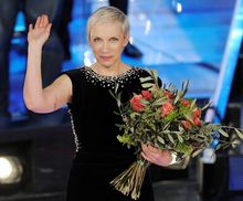 Annie Lennox (AP photo)