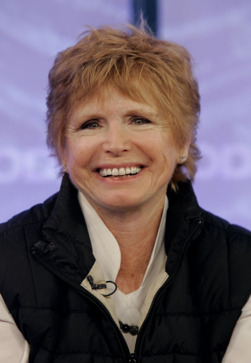 "Bonnie Franklin, star of the sitcom ""One Day at a Time,"" appears with the reunited cast on NBC's ""Today"" show in New York in 2008. (AP Photo/Richard Drew)"