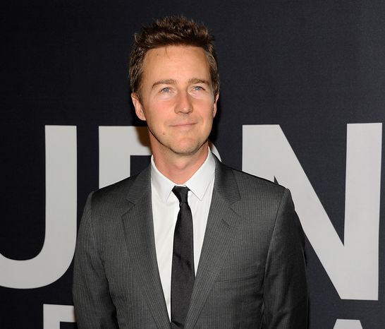 "Actor Edward Norton attends the world premiere of ""The Bourne Legacy"" at the Ziegfeld Theatre in New York on Monday, July 30, 2012. (Ev"