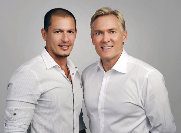 """""""Good Morning America"""" weatherman Sam Champion (right) and Rubem Robierb, a fine-arts photographer, are to be married. (AP Photo/ABC, Ida Mae Astute)"""