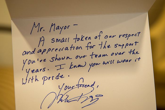 Word of appreciation are seen in a note from Washington Nationals General Manager and Executive Vice President of Baseball Operations Mike Rizzo to Washington D.C. Mayor Vincent Gray, on display in Mayor Gray's office at the John A. Wilson Building in Washington, D.C., Friday, Oct. 5, 2012. (Rod Lamkey Jr./The Washington Times)