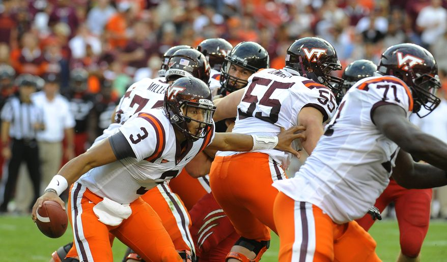 Virginia Tech quarterback Logan Thomas (3) looks for an opening in his offensive line in the first half action against Cincinnati during their NCAA College football game, Saturday, Sept. 29, 2012, in Landover, Md. Cincinnati defeated Virginia Tech 27-24. (AP Photo/Richard A. Lipski)