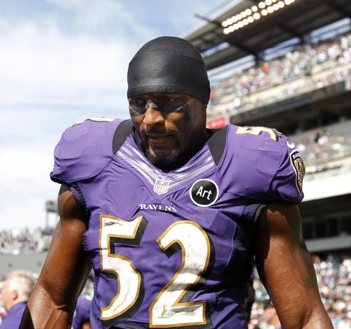 Baltimore Ravens inside linebacker Ray Lewis (52) stands on the sidelines late in the first half of an NFL football game against the Philadelphia Eagles Sunday, Sept. 16, 2012, in Philadelphia. (AP Photo/Mel Evans)